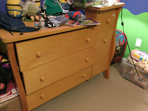 Crib / Toddler Bed & Dresser Change Table