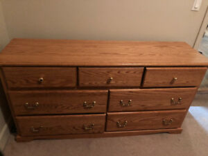 Solid oak Queen bedroom set