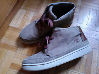 Timberland Casual Shoes Size 8M