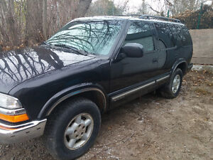 1999 Chevrolet Blazer 4.3L 4X4 SUV Peterborough Peterborough Area image 9