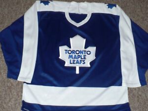 Toronto Maple Leafs 1975-92 CCM Ultrafril Jersey Size Medium
