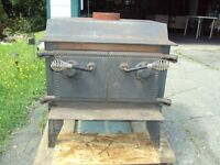 WOOD STOVE---$225 VERY GOOD CONDITION