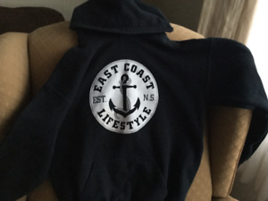 REDUCED,,,,,,,,,, KIDS YOUTH LARGE EAST COAST LIFE STYLE HOODIE