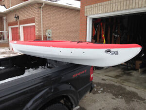 Pelican Quest 100 Kayak Still like new used 3 or 4 times