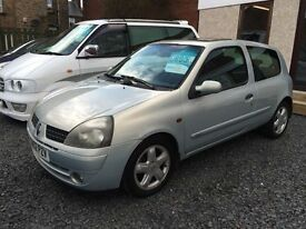 Renault Clio 1.4 dynamique 02 reg excellent condition long mot
