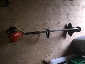 Echo GT 225 weed trimmer in excellent condition