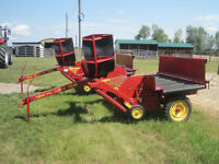 NEW HOLLAND 166 HAY INVERTOR - MINT CONDITION