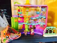 Littlest Pet Shop Playset and Figurines