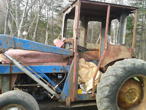 TREAT YOUR FARM EQUIPMENT TO A FACELIFT