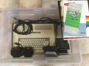TANDY CoCo 2 With 8 Games and Extras