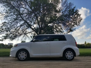 2012 Scion XB  Automatic with Air / Certified
