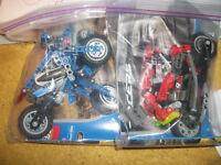 2 lego technic bikes
