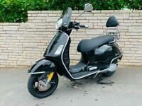 Piaggio Vespa GTS 300 2020 scooter