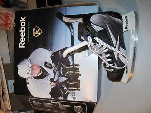 Reebok Crosby Hockey Skates, SR Size 6D Oakville / Halton Region Toronto (GTA) image 1