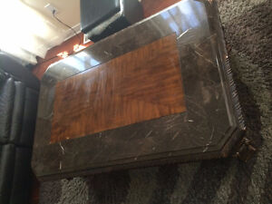 COFFEE TABLE WITH SOLID WOOD AND MARBLE