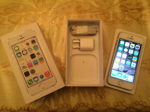APPLE IPHONE 5S GOLD 16GB (ROGERS/CHAT-R)