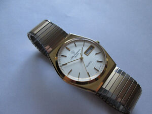 VINTAGE JULES JURGENSEN MEN'S WRISTWATCH