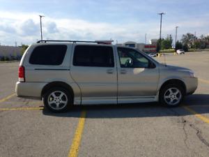 2007 Chevrolet Uplander handicap  Minivan, Van