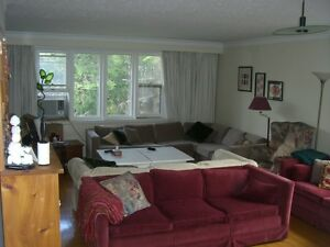 3 BEDROOM BLOOR WEST VILLAGE June  Spacious and bright