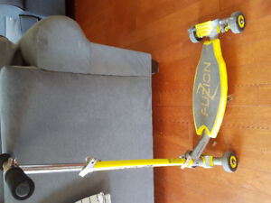 Scooter-Fusion-yellow
