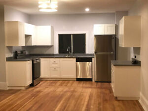 Just Renovated! 4+ Bed Home - North End - Parking+Yard