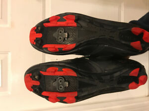 New Wave Italian made Cycling Shoes - Size 10.5