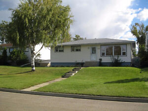 Updated home in Spirit River!!