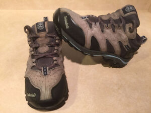 Women's Timberland Hiking Shoes Size 8 London Ontario image 6