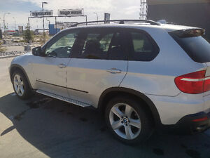 Priced at $22,400.00. 2009 BMW X5 35d SUV, Crossover