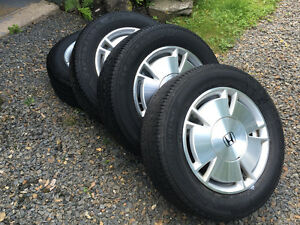 Honda Civic Alloy Rims and Tires (65R15)