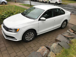 Volkswagon Jetta Trendline Plus (14580 km- like new)