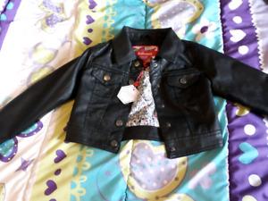 Size small (4) girls leather coat