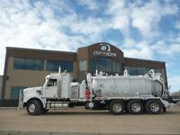 2015 820 Straight Vac Truck