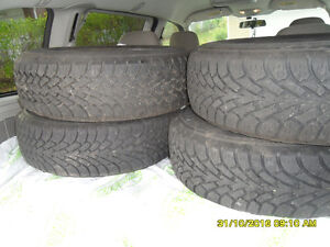 4 winter Tires on Rims 215 70 15 West Island Greater Montréal image 1
