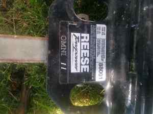 Trailer hitch 80$