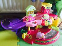 Vtech lights and sounds drivers garage with 4 cars