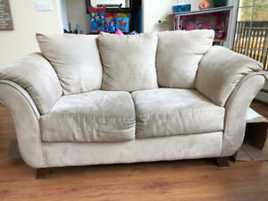 Living Room Couch, Love Seat, & Chair set