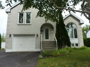 Chateauguay 4 bedroom (Open House 9 October)