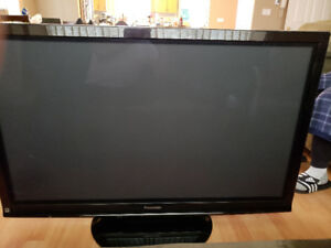 50 In HD TV For Sale - $250