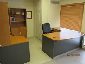 EXECUTIVE OFFICE - FANTASTIC LOCATION - FREE FIRST MONTH