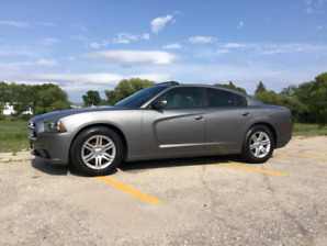 2011 Dodge Charger SE *Still has warranty *New Price*