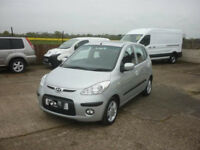 automatic hyundai i10 2009 5 door. only 14 K miles. long mot . 1 owner. excelent automatic car