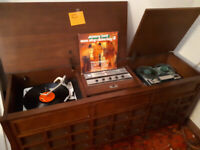 Vintage stereo cabint