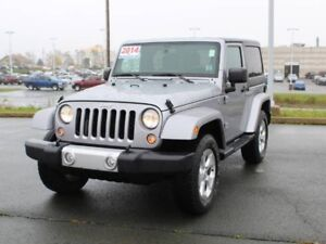 2014 JEEP WRANGLER Sahara with Nav & Remote Start!!