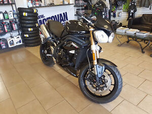2013 TRIUMPH SPEED TRIPLE 1050  / 10,000KM / SAFETIED /