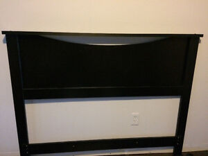 Headboard $60 *brand new condition*