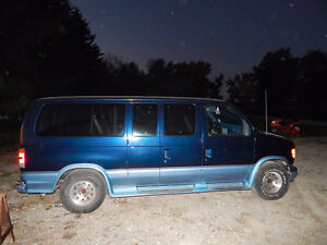 1992 Ford E-150 clubwagon Van 1 owner beautiful condition