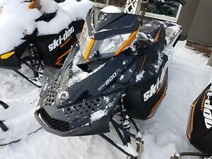 2013 Ski-Doo Summit Sport 800R