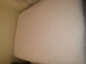 Sleep country double mattress and boxspring Downtown-West End Greater Vancouver Area image 3
