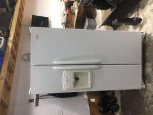 Maytag fridge with ice/water 300$ o.b.o located in timmins